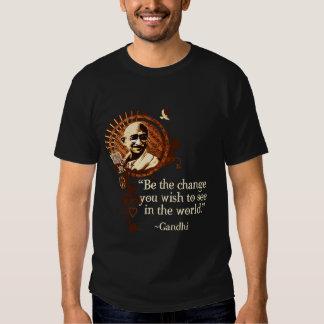 Gandhi Funky - seja a mudança Tshirts