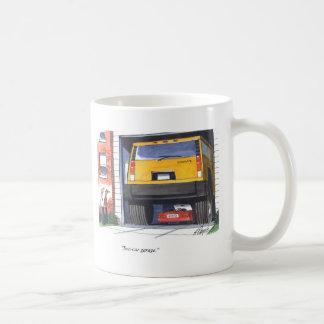 Garagem de dois carros caneca de café