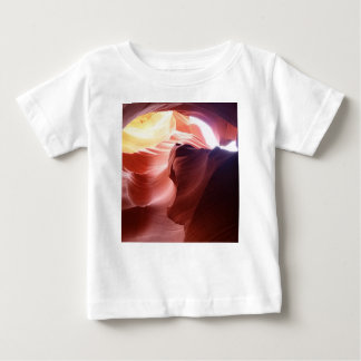Garganta do antílope camiseta para bebê