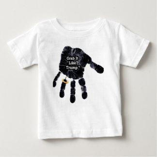 Garra gosta do trunfo Handprint com anel Camiseta Para Bebê