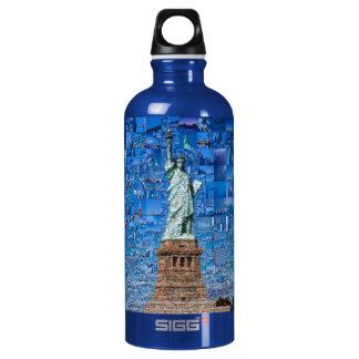 Garrafa D'água colagem da estátua da liberdade - arte da estátua