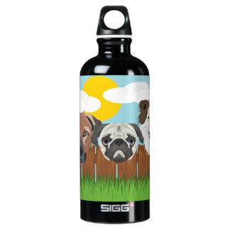Garrafa D'água De Alumínio Cães afortunados da ilustração em uma cerca de