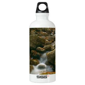 Garrafa D'água De Alumínio Cascata da floresta