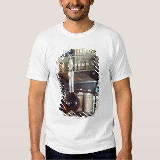Garrafas antigas da farmácia t-shirts