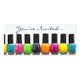 Garrafas coloridas, partido do Manicure dos termas Convite 10.16 X 23.49cm