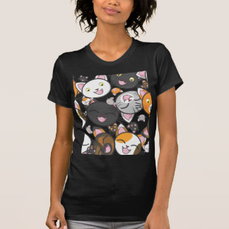 Gatinhos de Kawaii - a camisa das mulheres
