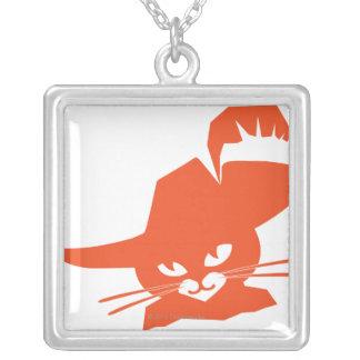 Gato alaranjado colar com pendente quadrado