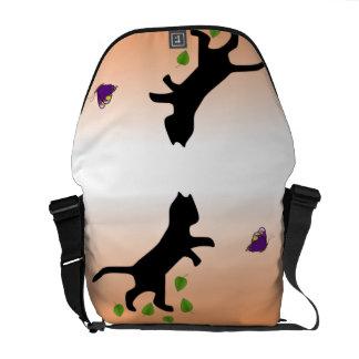 Gato com borboleta bolsas mensageiro