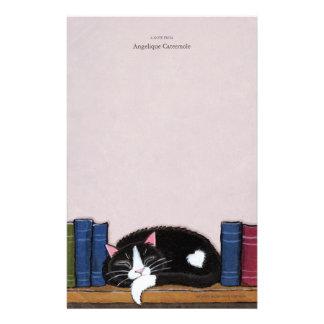 Gato do amor   do livro em um papel de nota da bib papel personalizados