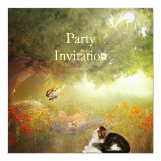 Gato do convite nas madeiras