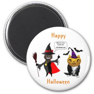 Gato do Dia das Bruxas engraçado e ímã redondo do Ímã Redondo 5.08cm