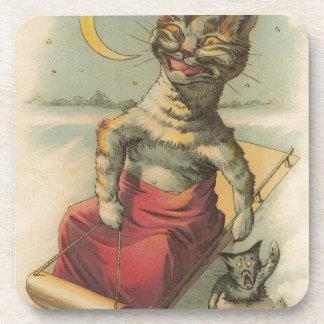 Gato em um trenó porta-copo