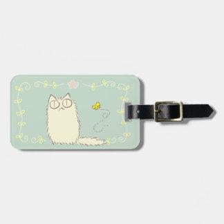 Gato macio e borboleta amarela etiqueta de bagagem
