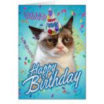 Gato mal-humorado do feliz aniversario cartões