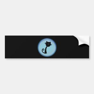 Gato preto bonito no círculo azul adesivo para carro