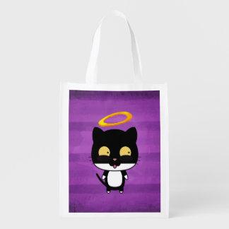 Gato preto com anjo bonito do halo dourado no roxo sacola reusável