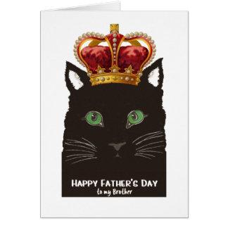 Gato preto do dia dos pais com a coroa para o cartão comemorativo