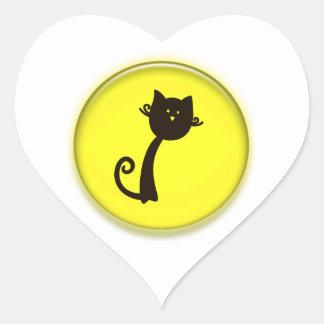 Gato preto dos desenhos animados bonitos adesivo coração