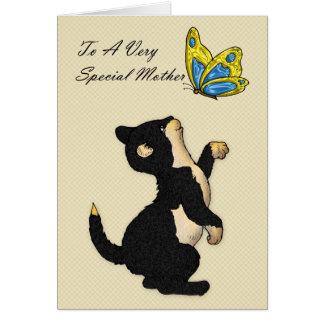 Gato preto e borboleta do cartão do dia das mães
