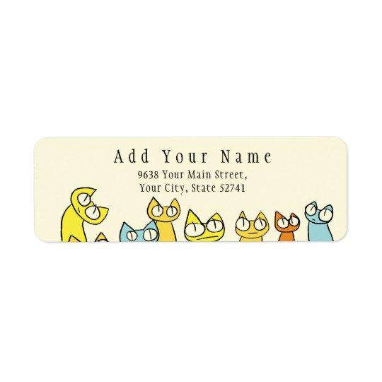 Gatos coloridos do lote olhar fixamente etiqueta endereço de retorno