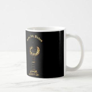 Gatos, livros, caneca de café da sabedoria