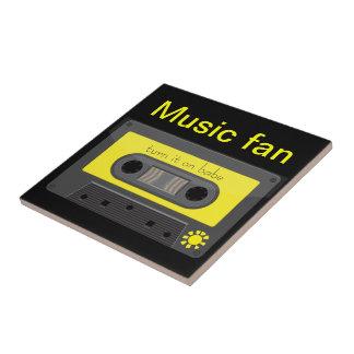 Gaveta de música do vintage com o azulejo da fita