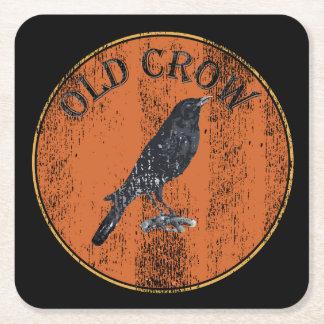 Geezer idoso sobre o corvo velho do monte porta-copo de papel quadrado