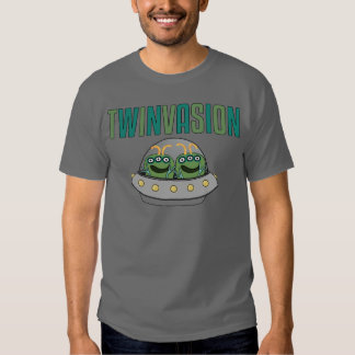 Gêmeos da alienígena de TWINVASION Tshirt