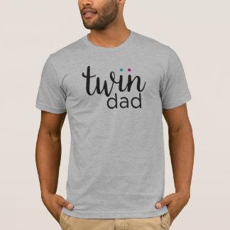 Gêmeos gêmeos da menina do menino do pai camiseta