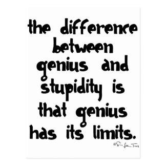 Gênio e estupidez cartão postal