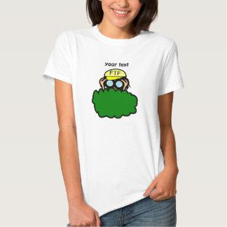 Geocacher louco nos arbustos Geocaching Camisetas