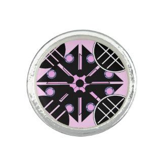 Geométrico no anel cor-de-rosa