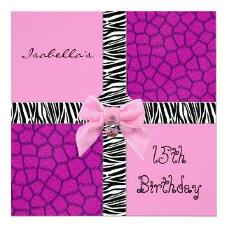 Girafa adolescente do rosa selvagem do aniversário convite quadrado 13.35 x 13.35cm