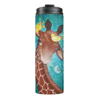 Girafa bonito com pintura dos pássaros