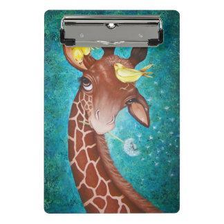 Girafa bonito com pintura dos pássaros mini prancheta