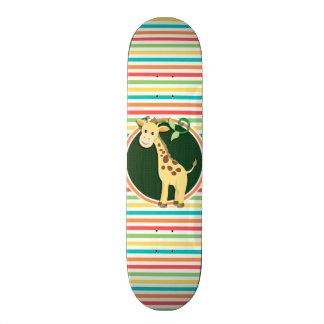 Girafa; Listras brilhantes do arco-íris Skate Personalizado