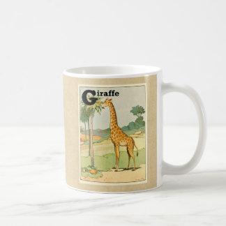 Girafa que come a acácia no deserto caneca