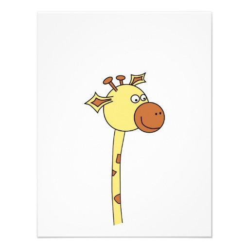 Girafa que olha lateralmente. Desenhos animados Convites