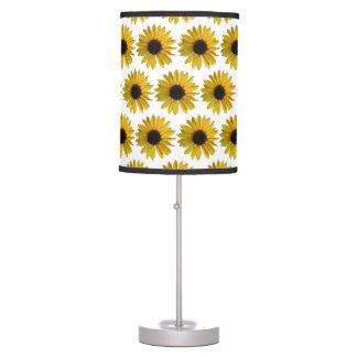Girassóis amarelos brilhantes luminária de mesa