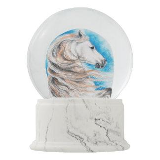 Globo De Neve Azul andaluz do cavalo