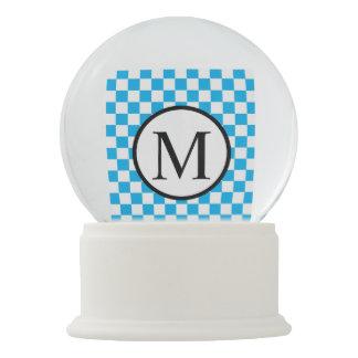 Globo De Neve Monograma simples com tabuleiro de damas azul