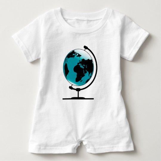 Globo montado no giro de giro macacão para bebê