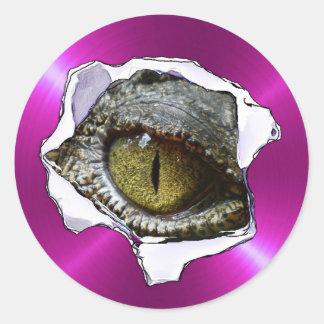 Globo ocular do réptil e etiquetas assustadores