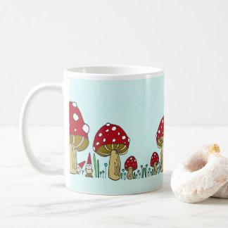 Gnomos e caneca dos cogumelos