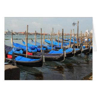Gôndola em cartões de Veneza