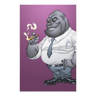 Gorila de fumo do chefe do homem de negócio do panfleto coloridos