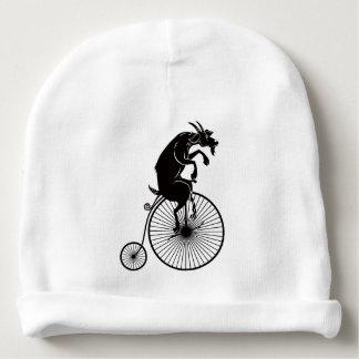 Gorro Para Bebê Cabra que monta uma bicicleta do Farthing da moeda