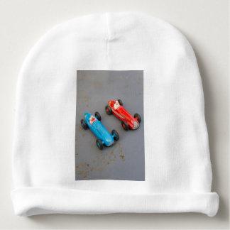 Gorro Para Bebê Dois carros do brinquedo do vintage