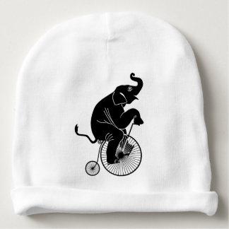 Gorro Para Bebê Elefante que monta uma bicicleta