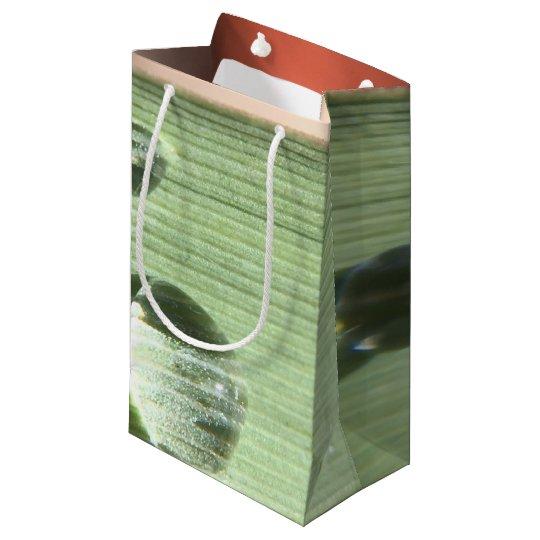 Gotas de orvalho sacola para presentes pequena